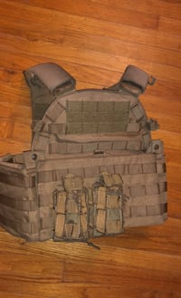 Airsoft Tactical vest and accessories  Elk Grove, 95624