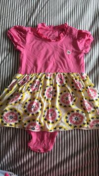 3-6 month baby girl clothes Calgary, T3K 5A2