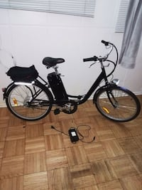 black and gray cruiser bike Toronto, M3H 5P1