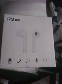 Wire less ear buds brand new in biz Des Moines, 50315
