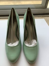 Ladies Heels in Mint Green- SIZE 10M - *NEW* Fort Washington, 20744