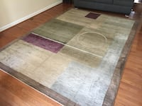 8'x11' area rug + rug mat, great condition! (Would cost you $750 to buy new) Annandale, 22312