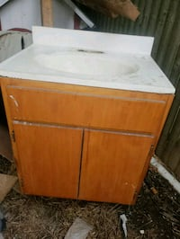 white and brown wooden cabinet Fort Wayne, 46806