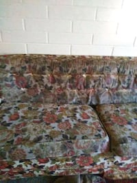 brown and red floral sofa Tucson, 85712