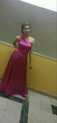 Pink colour thick satin gown