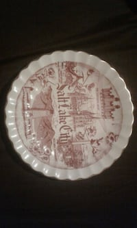 round white and brown ceramic plate St. Clair County, 62240