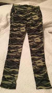 black and white camouflage print pants
