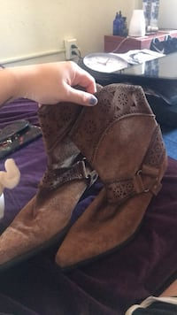 Women's cowgirl boots size 8 Staatsburg, 12580