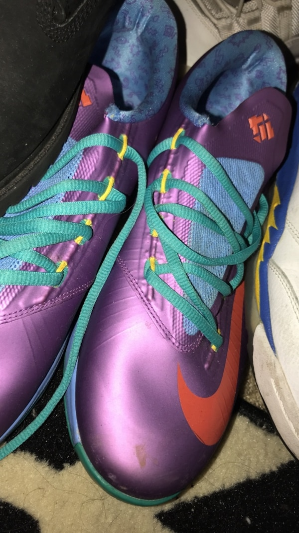 1986029cc21b Used purple Nike basketball shoes for sale in Columbia - letgo