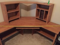Brown wooden desk with hutch Grovetown, 30813