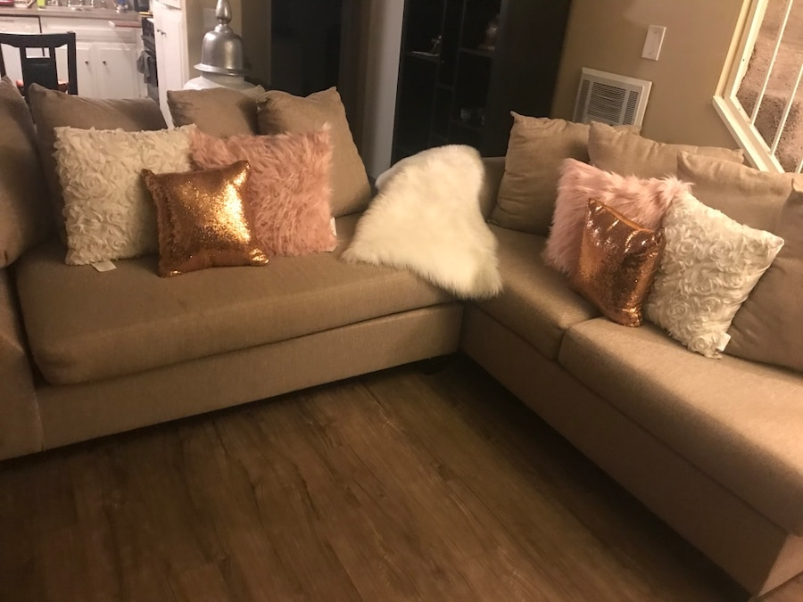 Living Spaces Sofa With Throw Pillows