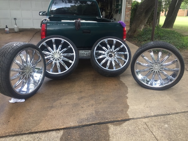 26 Inch Rims 5 Lugs Just Reduced