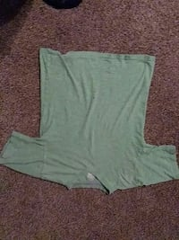 green and brown scoop neck long sleeve shirt Fresno, 93706