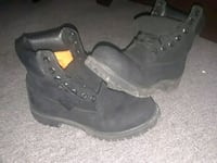 Size 8.5 timberland boots Essex, 21221