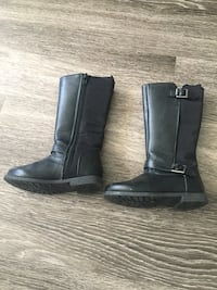 Joe fresh brand fall boots for toddler, size 8, in good condition  Toronto, M1K 2W8