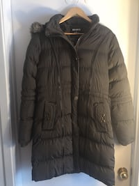 Very warm jacket for women, size Large. Laval, H7W 3E9