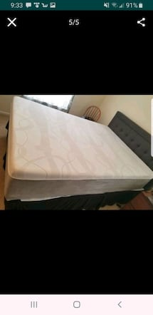 Queen bed, new condition, 480