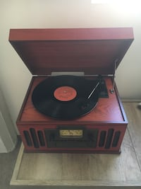 Antique Record Player-still works! Lincoln, 68508