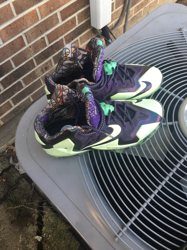 Photo Lebron james 11's glow in the dark shoes $150 obo