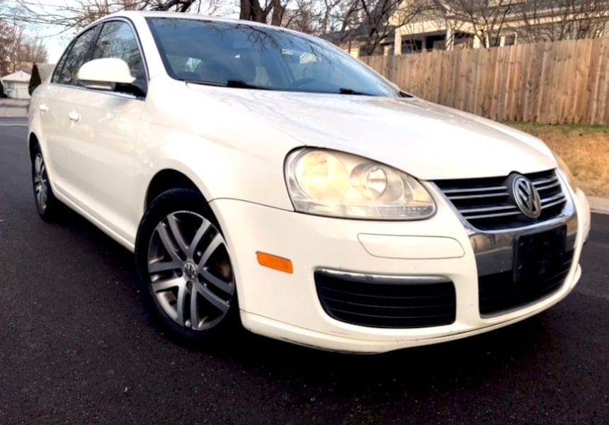 All White 2006 Volkswagen Jetta 2.5 0