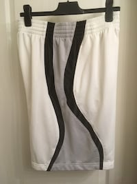 Foot Locker men's sport shorts Surrey, V4N 0Y7
