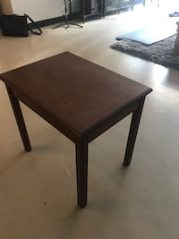 Brown End Table 897 mi