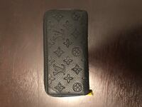 Louis Vuitton Black Leather wallet  Fort Myers, 33913
