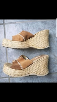Ladies sandals size 7.5 in great condition  Brampton, L6W 1V2