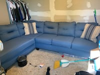 Couch Kelso, 98626