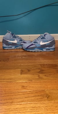Air trainers size 10  Bealeton, 22712