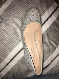 Silver Sandals shoe (size 7) Silver Spring, 20903
