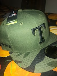 green and black fitted cap New Castle, 16101