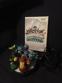 WII SKYLANDERS GAME AND 5 PLAYERS Blue Mound, 76131