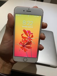 iPhone 6S 64 GB Rose Gold - unlocked Vancouver, V6B 3G6