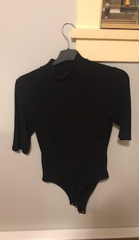 Black crew-neck bodysuit Burnaby, V3N 1S2