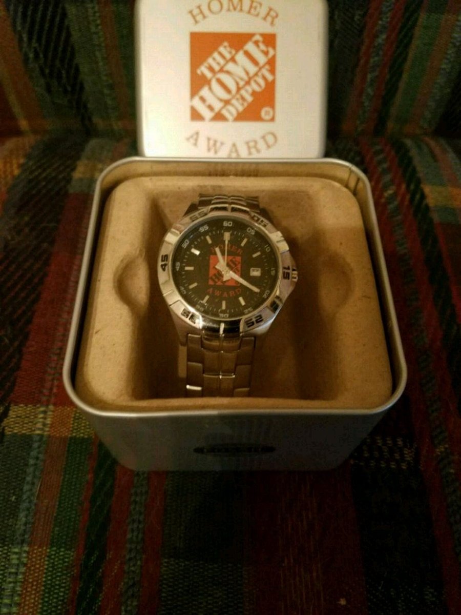 Photo Fossil Home Depot watch