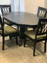 Kitchen Dinette Table w/4 chairs