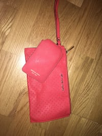 Purse and mobile case fra Michael Kors