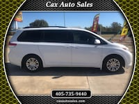 2011 Toyota Sienna FULLY LOADED Moore