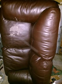 Leather Love Seat Soddy-Daisy, 37379
