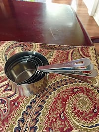 4 Piece Stainless Steel Measuring Cup Set 532 mi