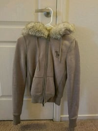 Thick sweater/jackets with fur inside $10 each Reno, 89512