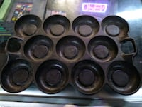 1870s G F Filley no. 10 cast iron muffin pan