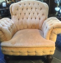 Tufted  chair,light brown velvet like material . Brighton, 48114
