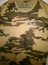 brown and black camouflage crew-neck shirt Long Beach, 90805