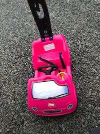 Children's pink little tikes ride on toy car Clarksburg, 26301