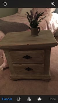 End table/ night stand Hagerstown, 21740