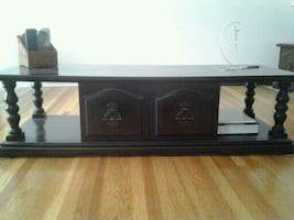 Solid wood coffee table, dark stain, pick up only