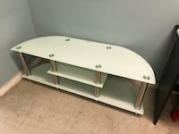 white and brown wooden TV stand 多伦多, M1S 4A9