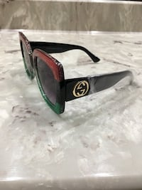 black framed Ray-Ban wayfarer sunglasses Sterling Heights, 48310